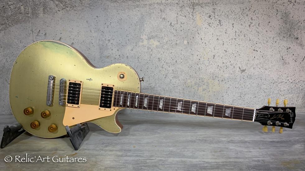 Gibson Les Paul refin goldtop relic.jpg