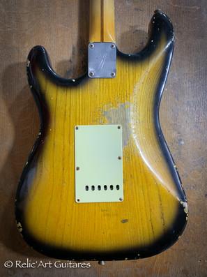 R'A strat refin sunburst 2 tones relic-4