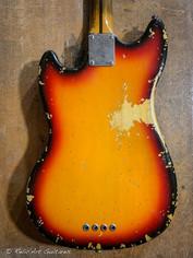 squier mustang bass sunburst relic-4.jpg