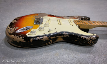 Fender strat refin sunburst relic-5.jpg