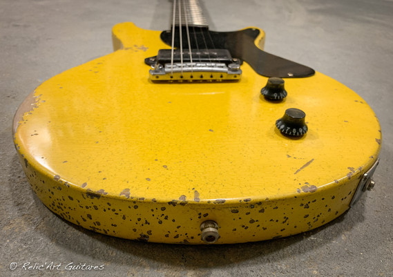 Les Paul Jr DC Tv Yellow relic-6.jpg