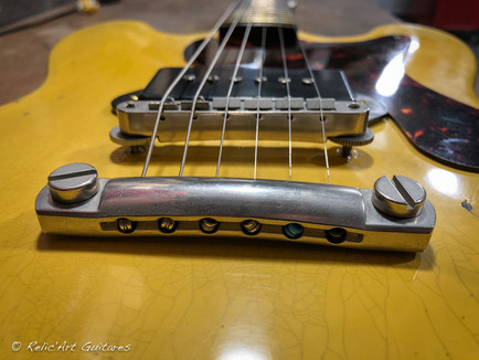 Gibson ES-334 Studio Tv Yellow relic