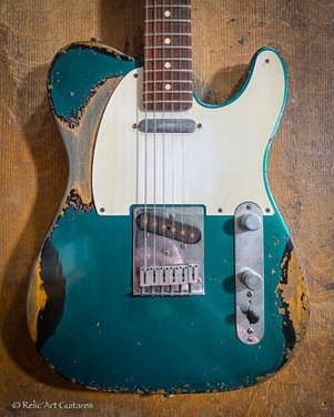 Fender American Telecaster refin Sherwood green over Black relic