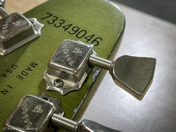 Gibson Flying V refin Inverness Green relic