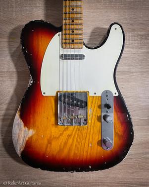 Fender Classic Player Baja refin Nitro Sunburst relic