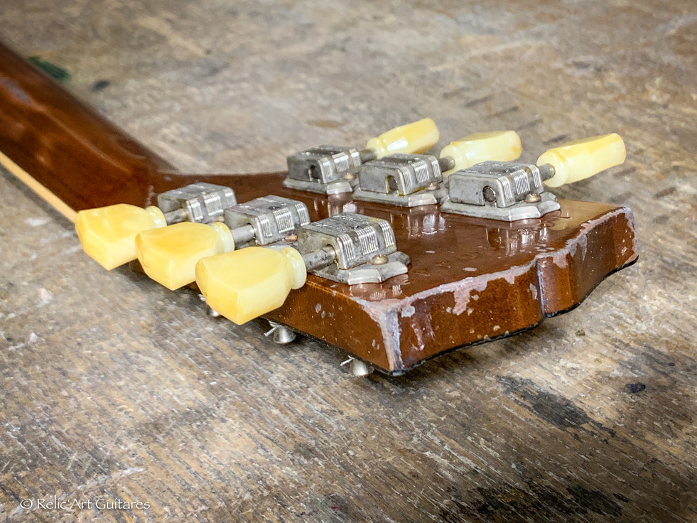 Gibson Les Paul Standard refin Goldtop relic