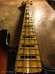 Squier Jazz bass sunburst relic