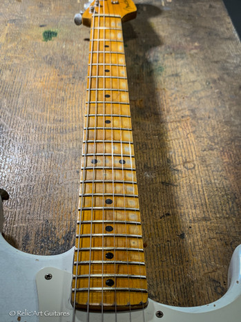 Fender Classic 50 Olympic White relic