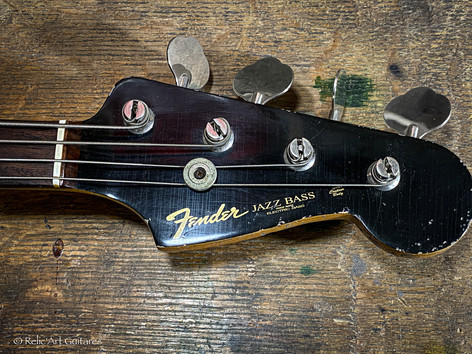 Fender Jazz Bass refin Jet Black relic
