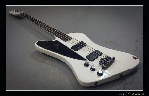 Gibson Thunderbird classic white