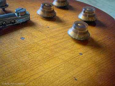 Navigator Limited Model refin Faded Honey Burst relic