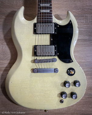 Gibson SG refin aged Polaris White relic