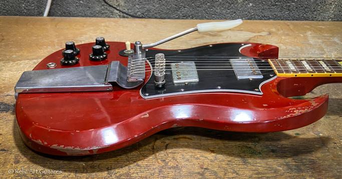 Gibson SG refin cherry relic-5.jpg