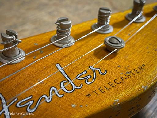 Fender Telecaster AMERICAN VINTAGE '52 r
