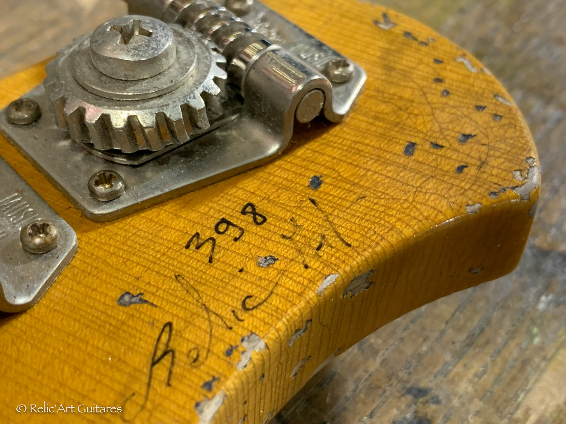 MusicMan Stingray 5 bass lefty refin capri orange relic