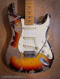 Fender strat refin sunburst relic-3.jpg