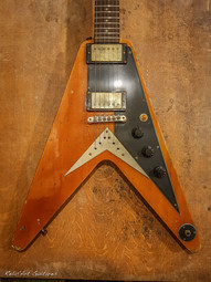 Epiphone Flying V butterscotch relic