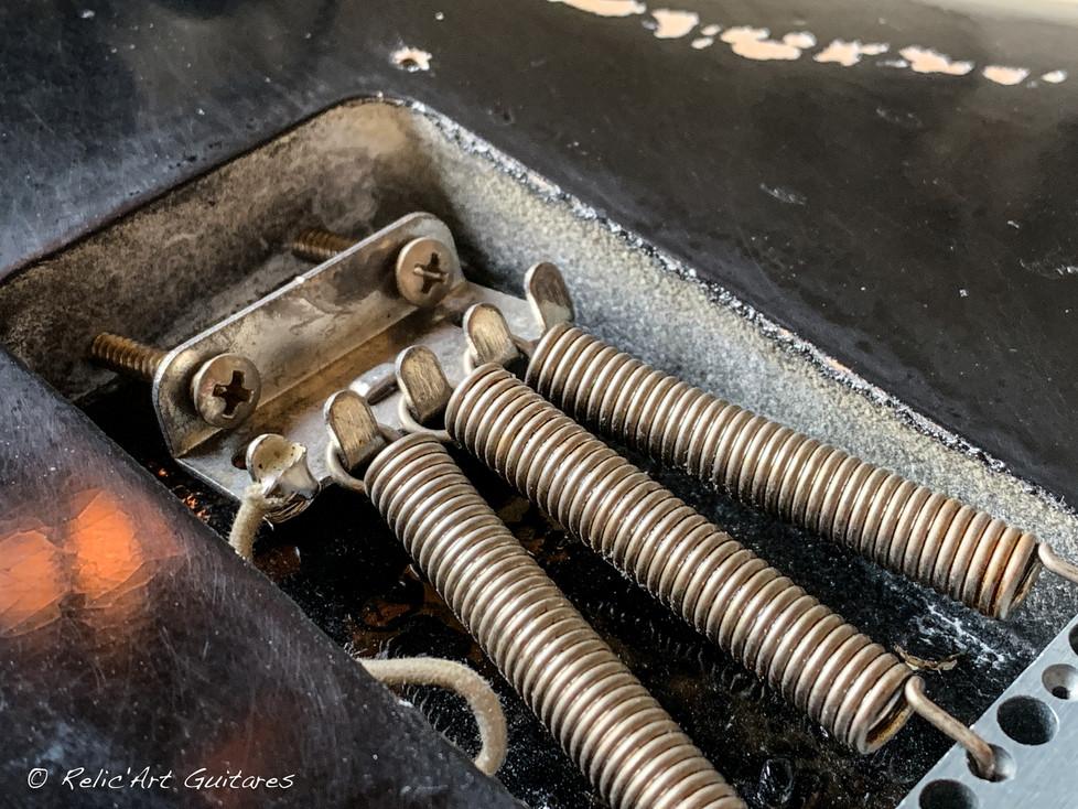 R'A Strat refin Jet Black Relic-18.jpg