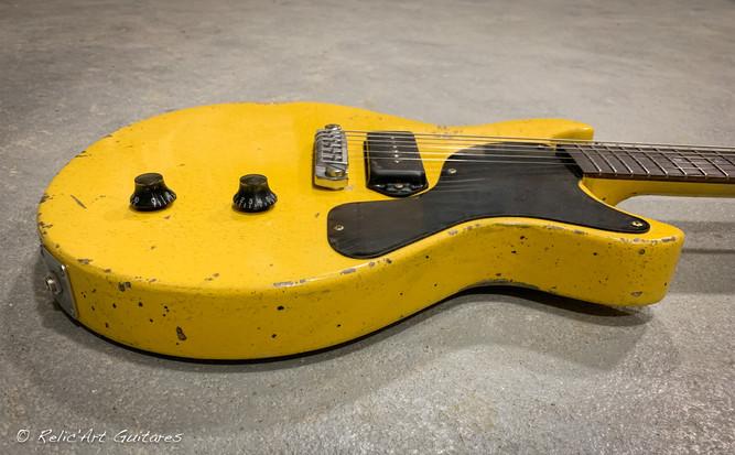 Les Paul Jr DC Tv Yellow relic-5.jpg