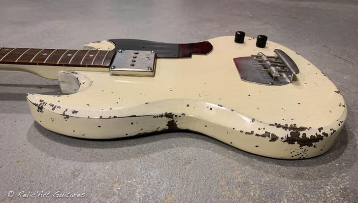 SG bass refin antique ivory relic