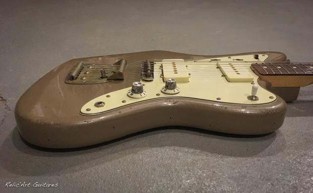 Fender JazzMaster firemist goldrelic