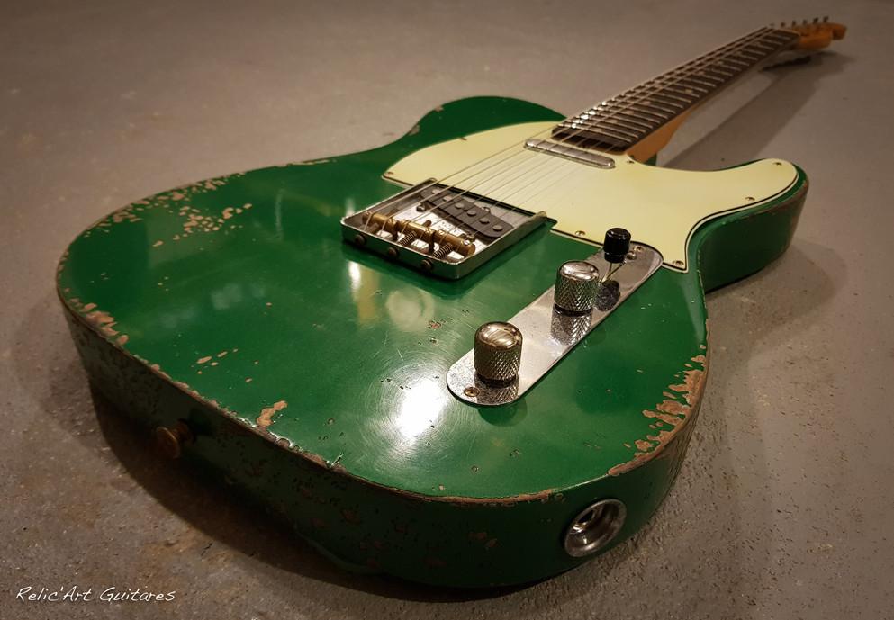 Fender Telecaster Sherwood Green relic