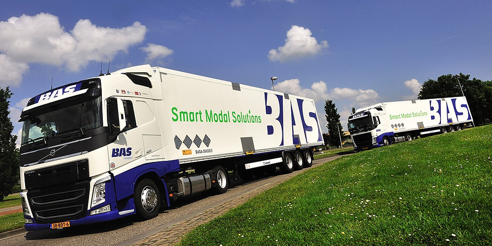 Vrachtwagens van BAS group