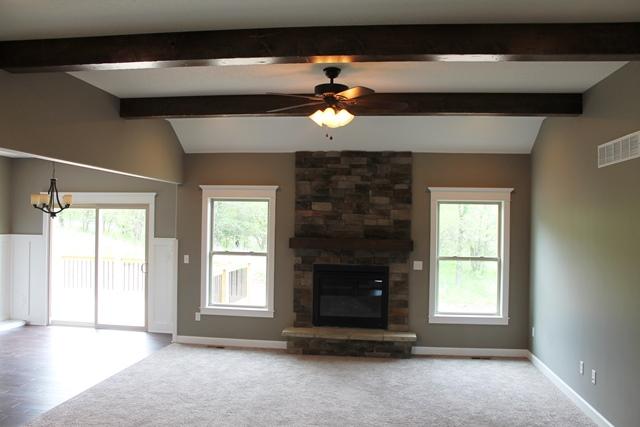 Great Room, Beams, Fireplace