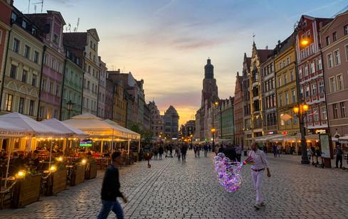 Sunday Evening in Market Square