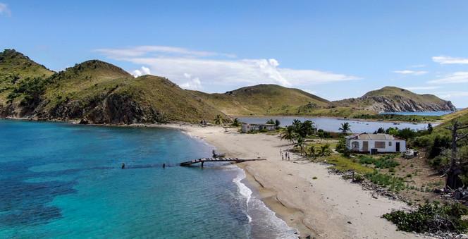 Salt Island Bay