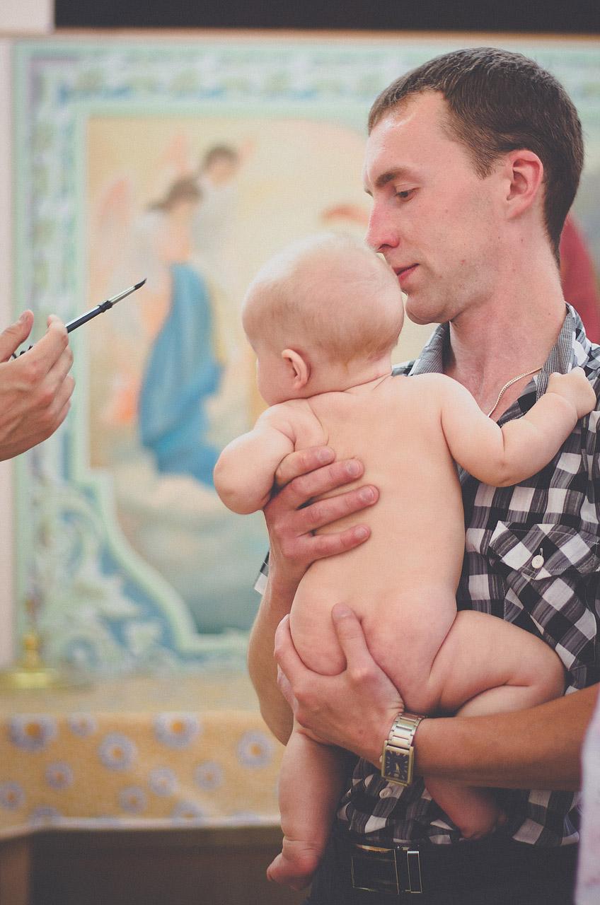 фотосъемка крещения ребенка