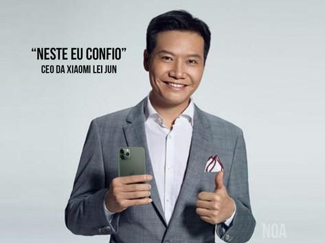 CEO da Xiaomi é flagrado usando iPhone e 'a casa cai'