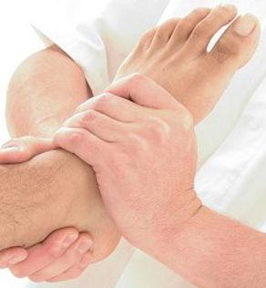 Le traitement ostéopathique utilise différentes techniques qu'elles soient viscérales, craniennes, articulaires ou fasciales