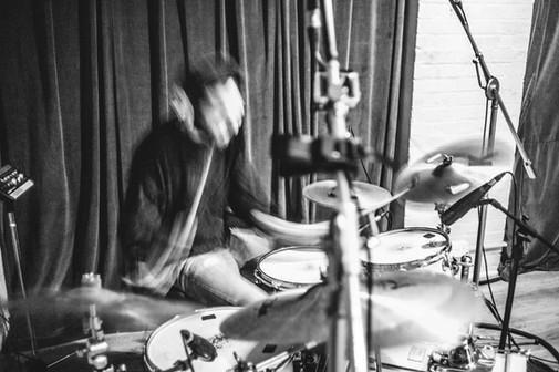 Recording the Slicks' debut album at Studio Humbug, Isle of Wight.  Photo by Jim Homes