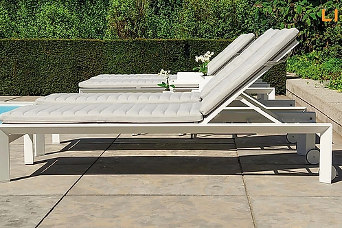 Delta SunLounger - Set of 4
