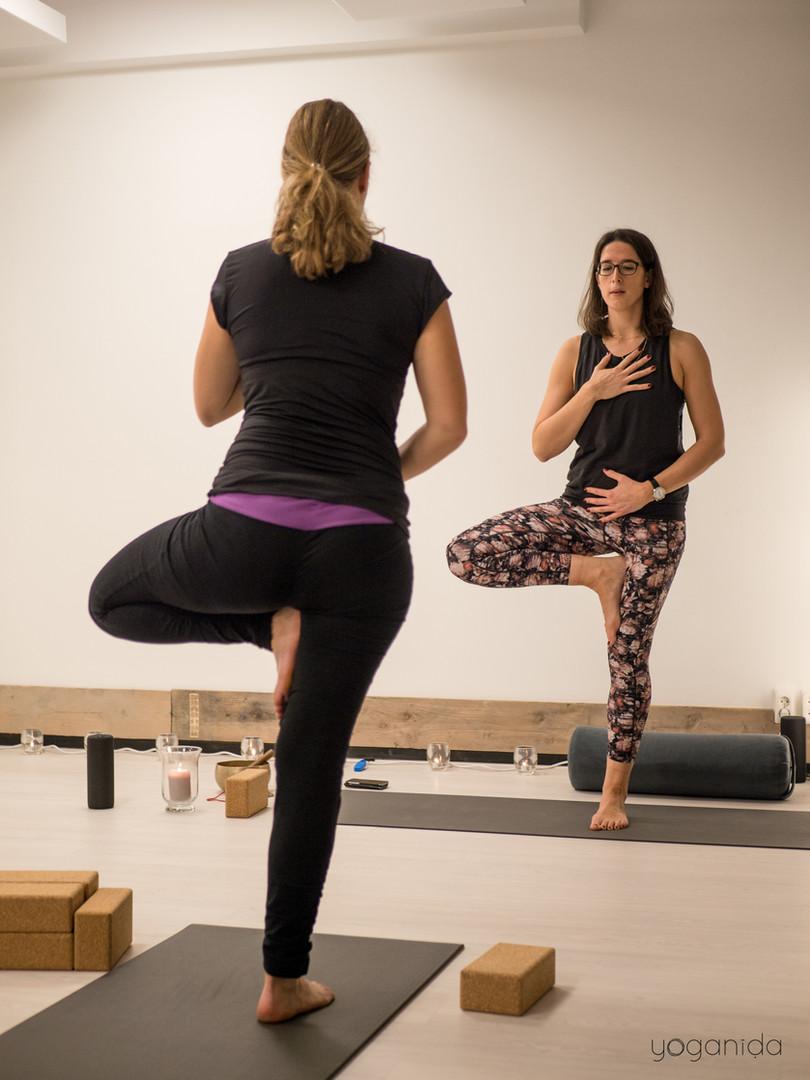 Yoganida_Prenatal yoga 6