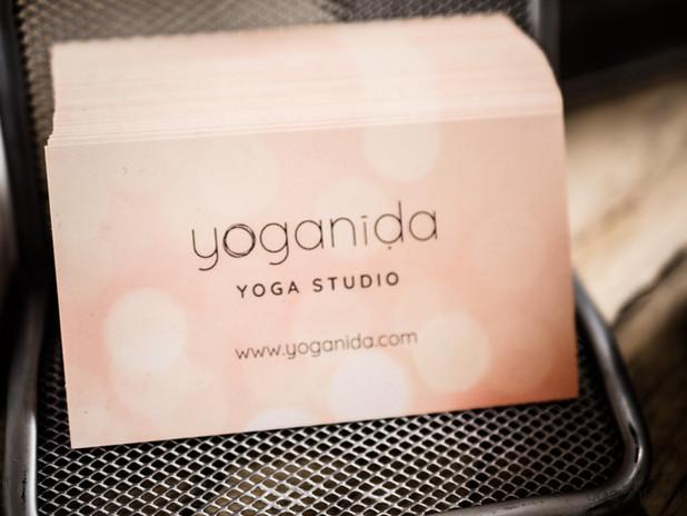 Yoganida_business card