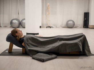 Yoganida_Prenatal yoga 10