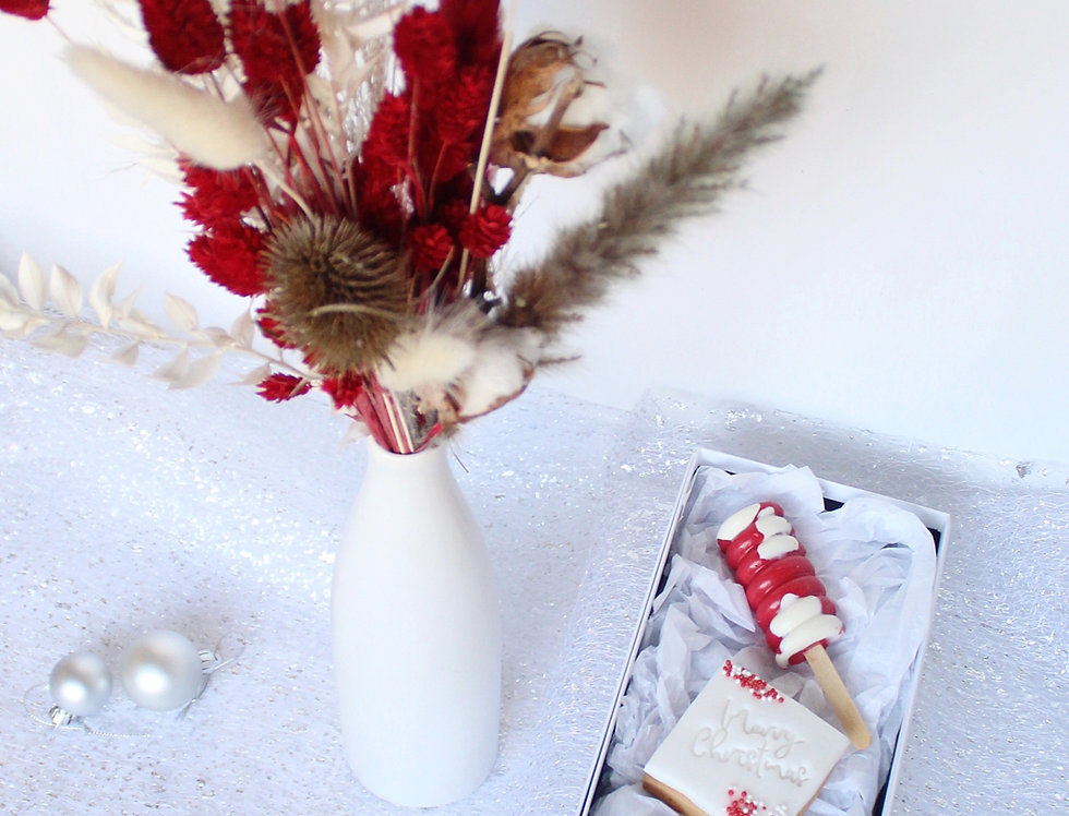 Luxury Christmas  Dried Flowers & Sweet Treats Gift