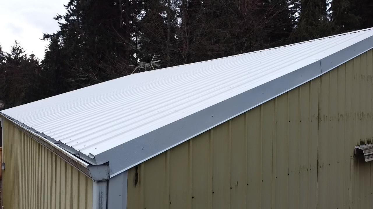 Shop Roof - Gable Flashing
