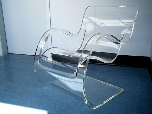 Cadeira em Acrílico
