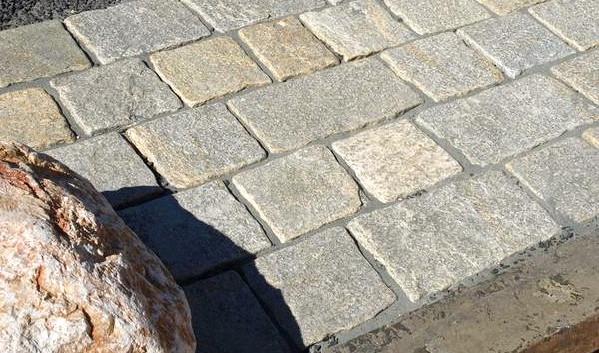 piastrelle tranciate in pietra di lusern