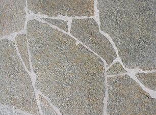 mosaico in pietra di luserna.jpg
