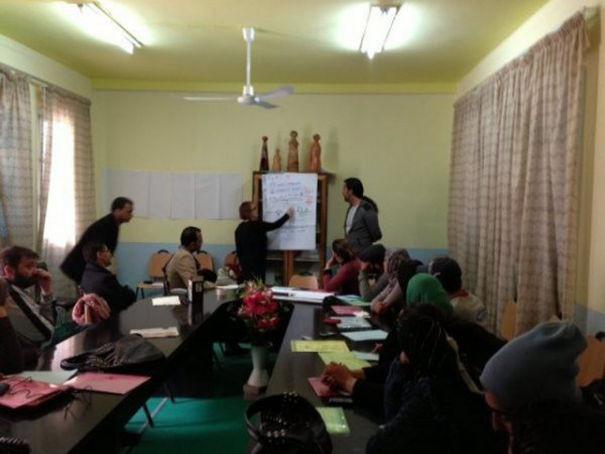 Périphérie Active - Periferie Attive Media Center Comunitari a Sidi Bouzid (Tunisia)