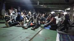 Evacuazione immediata per i profughi della nave Nivin a Misurata. Il loro destino è responsabilità d