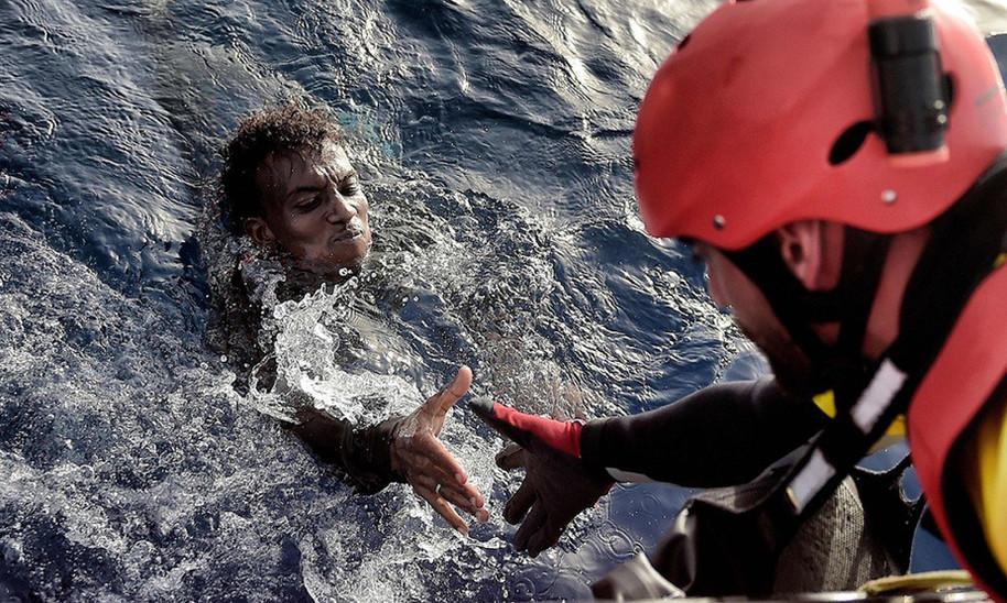 A bordo della solidarietà, salvare i migranti nel Mediterraneo con la ong Pro-Activa Open Arms