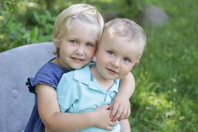 Geschwisterbild Kindergarten