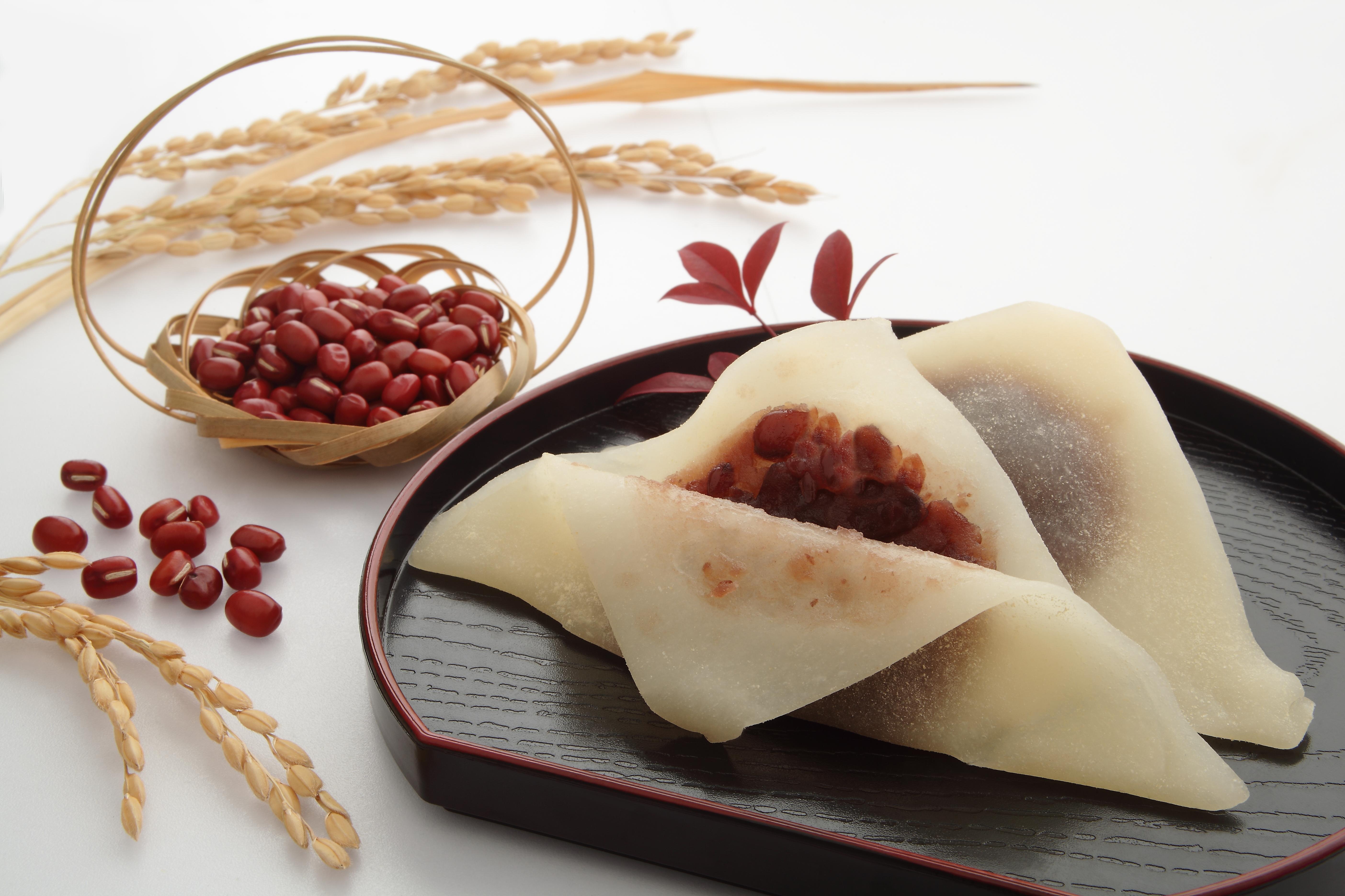 Yatsuhashi - gâteau de riz et haricots rouges