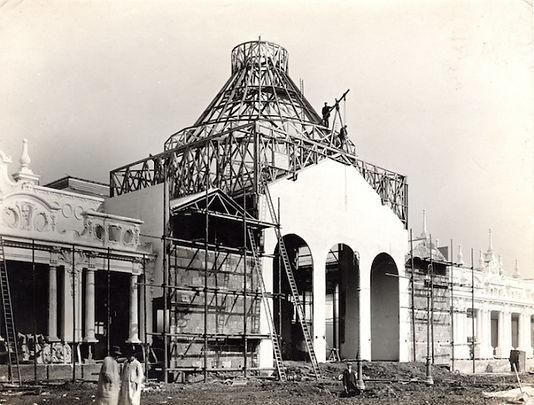 Palace of Fine Art under construction.