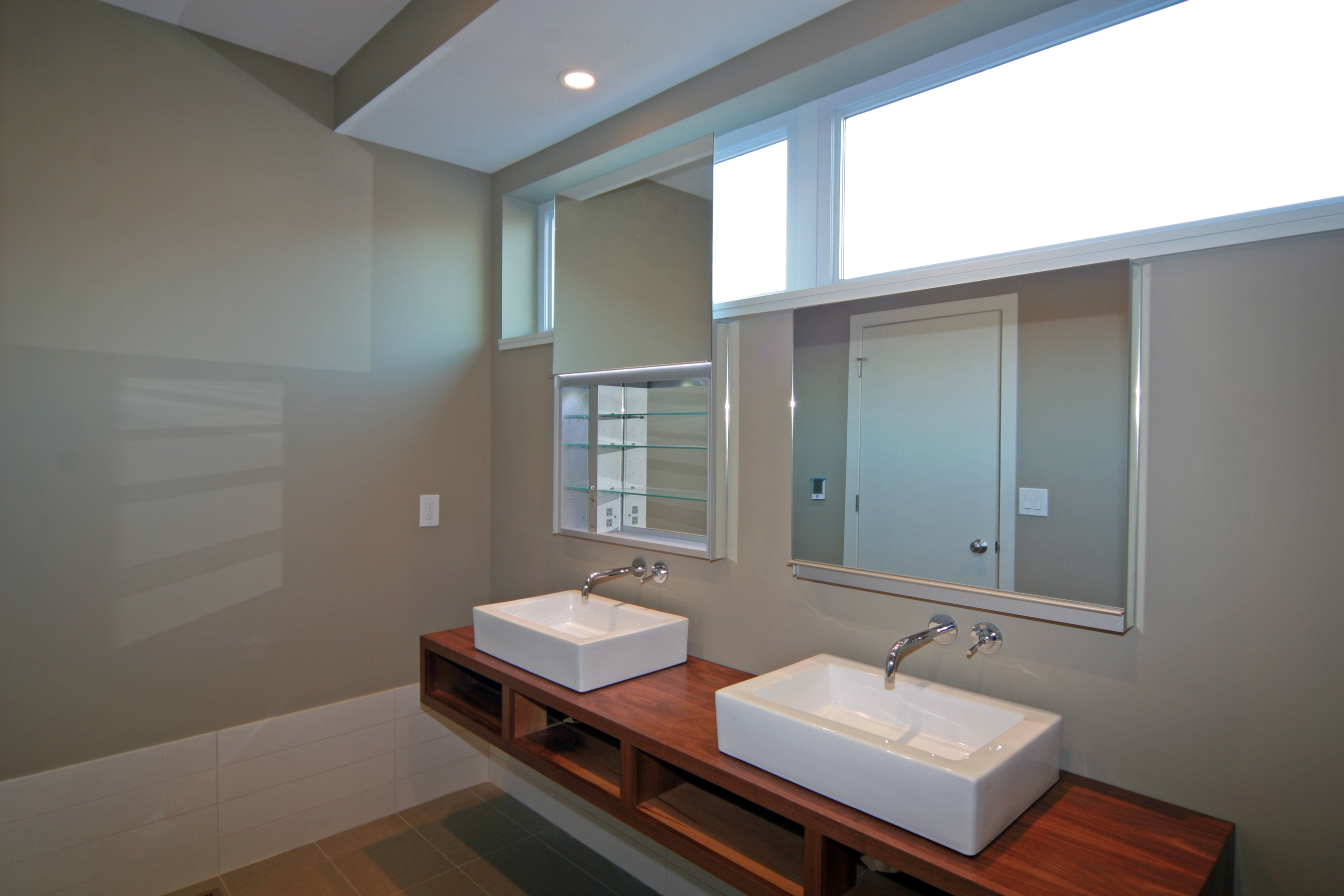 Southside 6 & 7  Master Bath